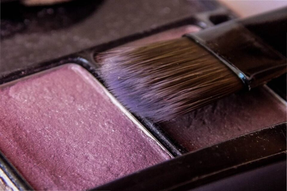 What is the Point of Putting on Blush?